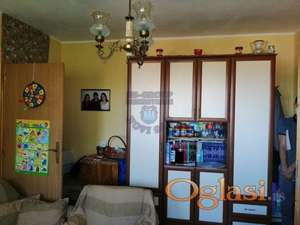 Odličan porodičan stan na Detelinari 021/632-2111