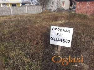Prodajem plac u Novom Sadu kod najlon pijace, uradjeni temelji. Cena po dogovoru.