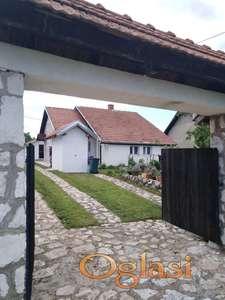 Kuća u selu Banja, Krćevac, 106m2 i 15a placa, Aranđelovac