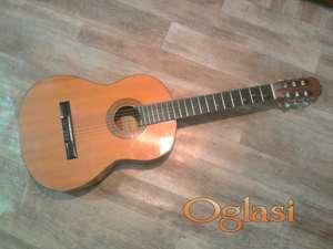 Gitara ^Hohner Mc 06^ polovna ocuvana 100 E