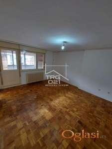 Prodaje se povoljan useljiv stan na Novom Naselju
