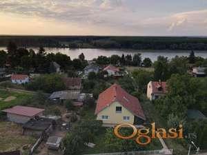 Velika i lepa Vikend kuća 156, blizu Dunava u Čerević