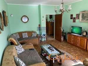 Odlican dvosoban stan u centru Sremskih Karlovaca!!!021/662-0001