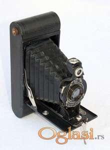 Stari fotoaparat KODAK Cartige Hawk Eye 2A Mod.B