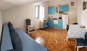 Jednosoban komforan stan u Mainskoj ulici-63.000€