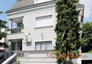 Izdavanje kuća Beograd-Samostojeća kuća na Dedinju