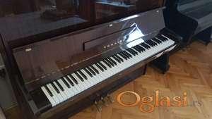 """Pianino """"CHAIKA"""""""