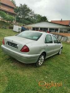 Lancia u odlicnom stanju uz sjajnu cenu, vise informacija na broj 062530876