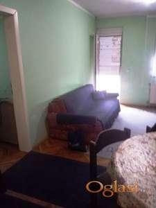 Odmah useljiv stan kod Sajma