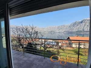 Novi stan u Boki Kotorskoj. Povoljno - 1.100 eura/m2