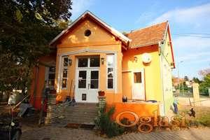 Kuća snova blizu jezera (Subotica, Palić jezero)