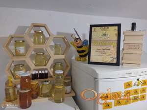 Med na prodaju,saće u medu,propolis,perga