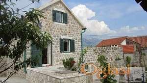 Autentična kamena kuća na Lustici. Cijena smanjena za 50 hiljada eura!