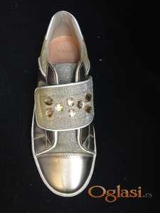 Nove cipele br 37 geox