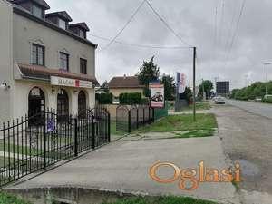 Uknjižena kuća sa lokalom,gas,za poslovnu delatnost-Najlon pijaca