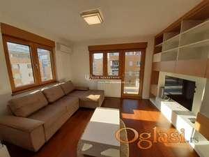 Izdavanje stanova Beograd/ A BLOK / Dvosoban stan sa garazom