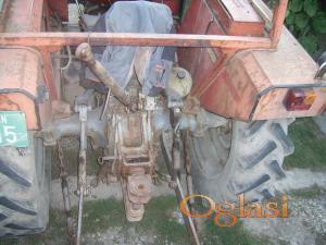 Zrenjanin Traktori IMT 542