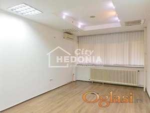 Novi Merkator, stan od 139m2 kao poslovni prostor ID#7139