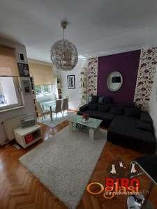 47 m2 perfektan dvosoban stan na Podbari