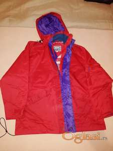 Zenska jakna, ocuvana, postava pamucna.