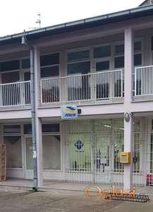 Lokal u centru Novih Karlovaca, 21m2