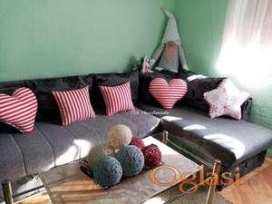 Novogodišnji ukrasni jastučići