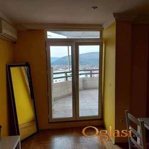Prodajem stan u Podgorici u blok 6 Ruske kule