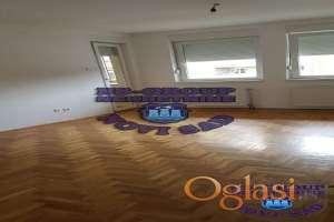 Odličan uknjižen dvosoban stan u kvaliteno zidanoj zgradi