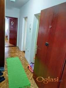 Prazan dvosoban stan na Novom Naselju