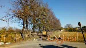 EXTRA PLAC  1 hektar Popovica kod Mosine vile, pogled na NS Tvrdjavu