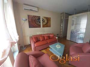 Izdavanje stanova Beograd /Lux, Prelep stan na Novom Beogradu,blok 32