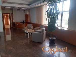 POSLOVNI PROSTOR 805 m2,TEMERINSKI PUT, ;30 PARKING MESTA;ŠLEPERSKI PRILAZ,VELIKI PLAC