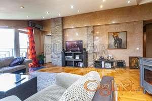 Luksuzan stan u centru grada sa prelepim pogledom na Nišavu