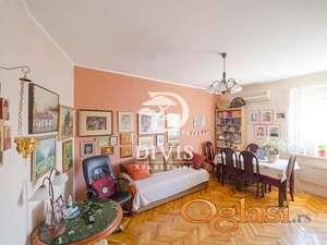 Prodajemo dvoiposoban stan na Obilićevom vencu