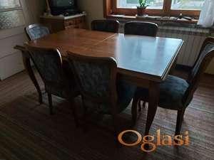 Trpezarija kompletna:  Komoda i trpezarijski sto sa stolicama