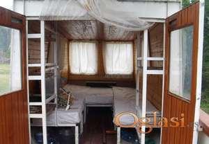 Aluminijumski camac sa kabinom