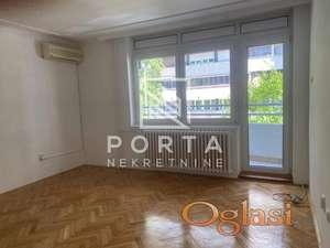 Stan,izdavanje,Novi Beograd,Bulevar Zorana Đinđića,108m2,4.5,800 eur,hitno ID#1183