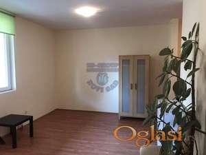Odličan stan na najtraženijoj lokaciji! 021/221-5100