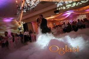 Suvi led podni dim za prvi ples vatrometi baloncici 069/799-411 Iznajmljivanje ozvucenja rasvete dj