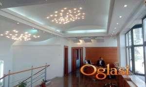 TOP MESTO!!! Temerinski Put ,Poslovna zgrada 616 m2 Prodajno-Kancelariski prostor  sa preko 30 parking mesta,mogućnost iznajmljivanja magacina 189 m2