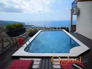Vila s bazenom u Dobrim Vodama. Snižena cijena - 170.000 eura!