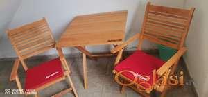 Zajecarsko bastenski set (2 stolice,sto i 2 jastuka)