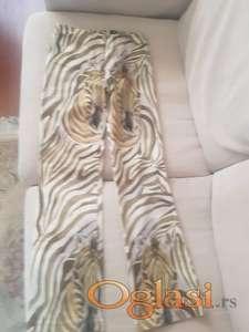 Francuske pantalone, velicina T3 ili medijum