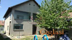Srbobran, Lepa velika kuća sa garažom - moguće sa lokalom