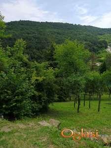 Povoljno, Plac preko puta Manastira, Rakovac