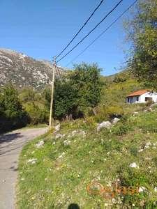 Prodajem plac za gradnju u Risnu, Kotor