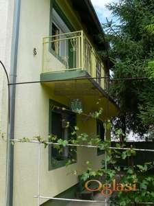 Odlična porodična kuća sa lepim placem 021/544-624