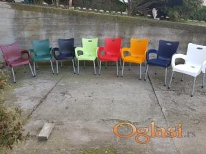 Pasticne stolice DOSTAVA