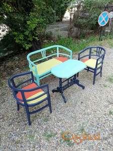 Komplet dvosed, fotelje i sto