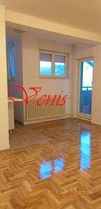 Bulevar oslobođenja - ul.Kosančić Ivana 42 m2 – 220 Evra  USELJIV ID#1365